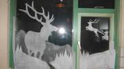 Hoe kun je een kerst raamdecoratie maken