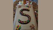 Ambachtelijke chocoladeletter zelf maken tip of maak een chocoladenaam