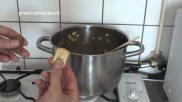 Hoe maak je courgette soep met zalmsnippers