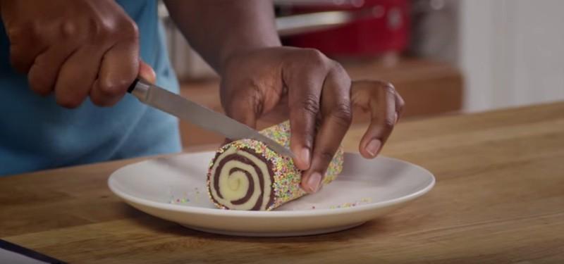 Swirl cookies snijden