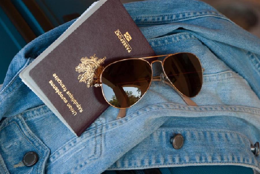 Je paspoort wel of niet afgeven?