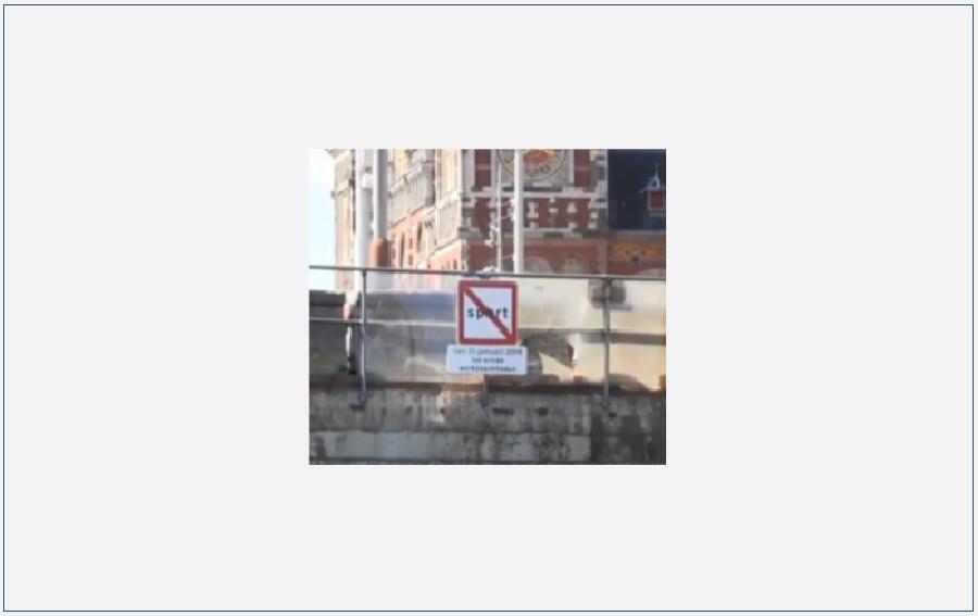 Verkeersborden op het water: verbodsborden
