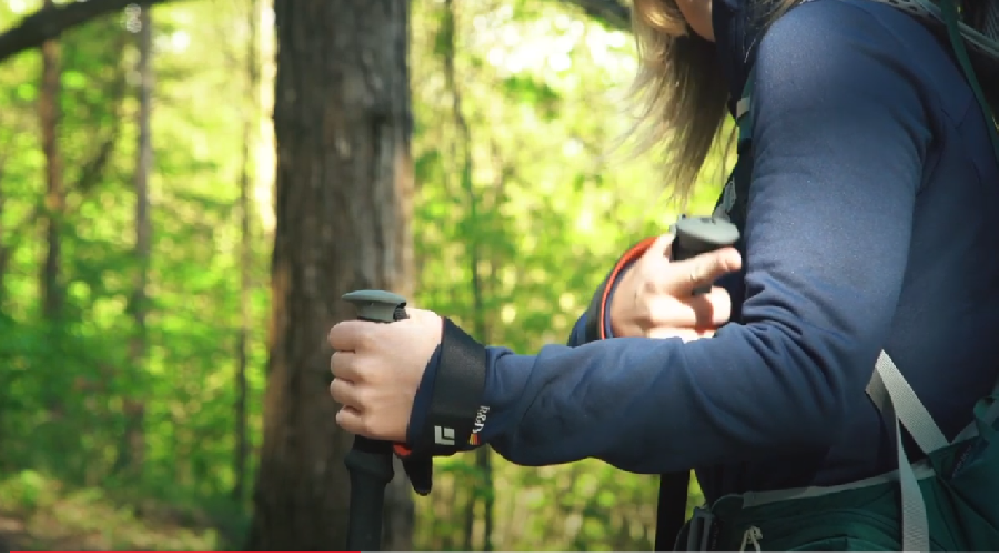 Hoe moet je wandelstokken gebruiken?