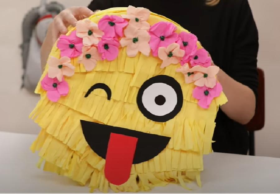 Het gezicht van de emoji maken