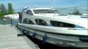 Hoe kun je afmeren en wegvaren met een boot