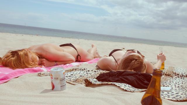 Hoe kun je zonnebrand voorkomen en behandelen?