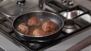 De lekkerste gehaktballen maken Met als variant gehaktballetjes in tomatensaus