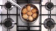 Een perfect ei koken hard halfzacht of zacht gekookt