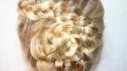 Haarbloem maken opvlechten haar stijlen in de vorm van een bloem