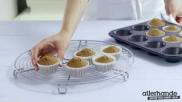 Sinterklaas feestelijk gedecoreerde speculaas cupcakes bakken