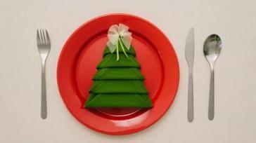 Kerstidee servetten vouwen als kerstboom