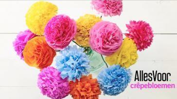 DIY papieren bloemen knutselen van crepepapier