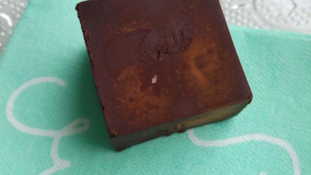 Basisrecept: zelf chocolade maken met pure ingrediënten.