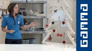 Zelf een trendy houten Kerstboom Knutselen voor kerst van Latten en Moeren