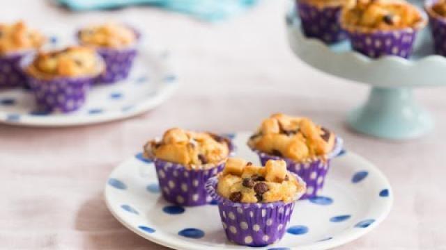 Hoe-maak-je-een-snelle-mini-muffin-met-chocolade