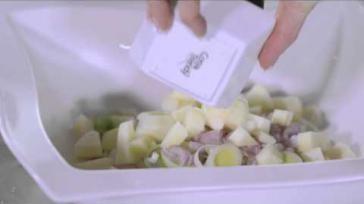Heerlijke pastasalade met kipfilet mozzarella groenten en fruit van Sonja Bakker