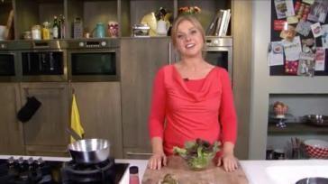 Lekkere en rijkgevulde salade maken met rauwe ham vijgen en walnoten