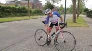Wielrennen met klikpedalen veilig in en uitstappen