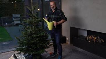 Kerstboom Verzorgen en Naalduitval Voorkomen