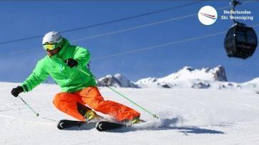 Skien met skistokken optimaal vasthouden en de juiste stokinzet