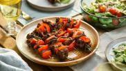 Ribeye vleesspies met rozemarijn voor op de BBQ