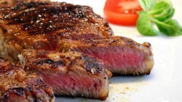 Biefstuk op de BBQ bereidingswijze tijd en temperatuur