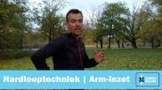 Hardlopen de juiste houding van je armen