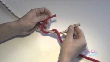 Hoe moet je een platte knoop leggen