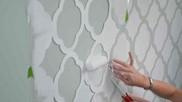 Hoe kun je een sjabloon maken en aanbrengen op muren sjabloneren