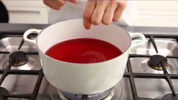 Hoe kun je gelatine gebruiken in verschillende koude en warme gerechten