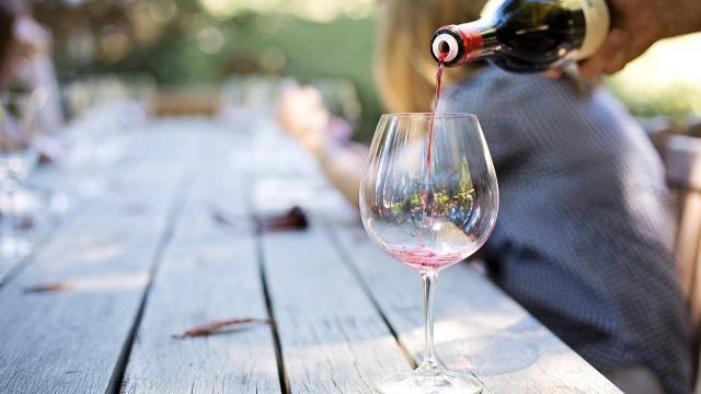 Hoe kun je wijn proeven als een echte deskundige?