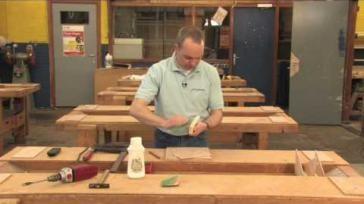 Hoe kun je zelf een brievenstandaard maken van hout