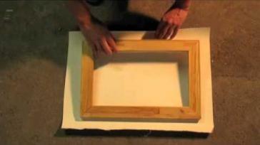 Hoe kun je een schilders of decoratiedoek zelf opspannen