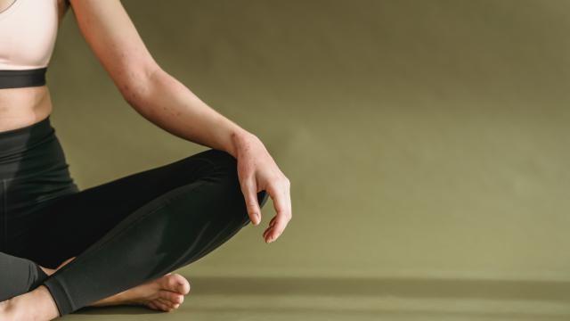 Hoe kun je bij meditatie een ademhalingsoefening voorbereiden?