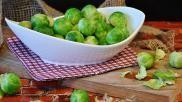 Hoe bereid je een stamppot van spruiten met gebraden worst