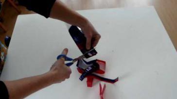 Hoe kun je plastic garen maken van plastic tassen Dubbele plastic draad