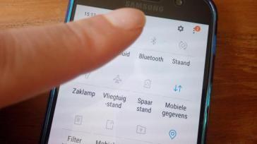 Hoe kun je op je Samsung instellingen wijzigen voor wifi bluetooth etc via het sleepmenu